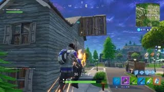 guy gets headshotted by a pistol 100 yards away in Fortnite (Cli
