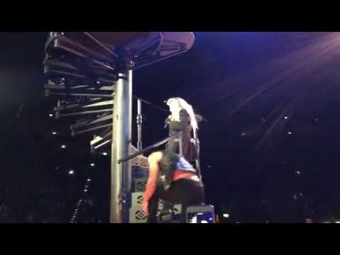 Madonna - Heartbreak City (live @ Rebelheart Tour Cologne Köln)