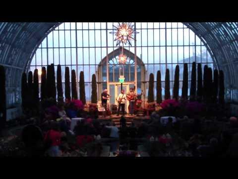 treVeld - Music Under Glass - performing Morain