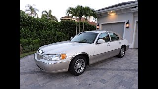 2001 Lincoln Town Car Signature for sale by Auto Europa Naples