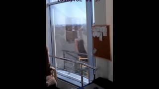 Зеркальная пленка для стеклопакетов, сравнение пропуска света в солнцезащитной пленке Серебро 15(Заказы по тонировке стеклопакетов окон в Харькове и в Украине принимаются по телефонам: +38,(067)573-20-73,(050)402-0..., 2015-09-27T17:20:21.000Z)