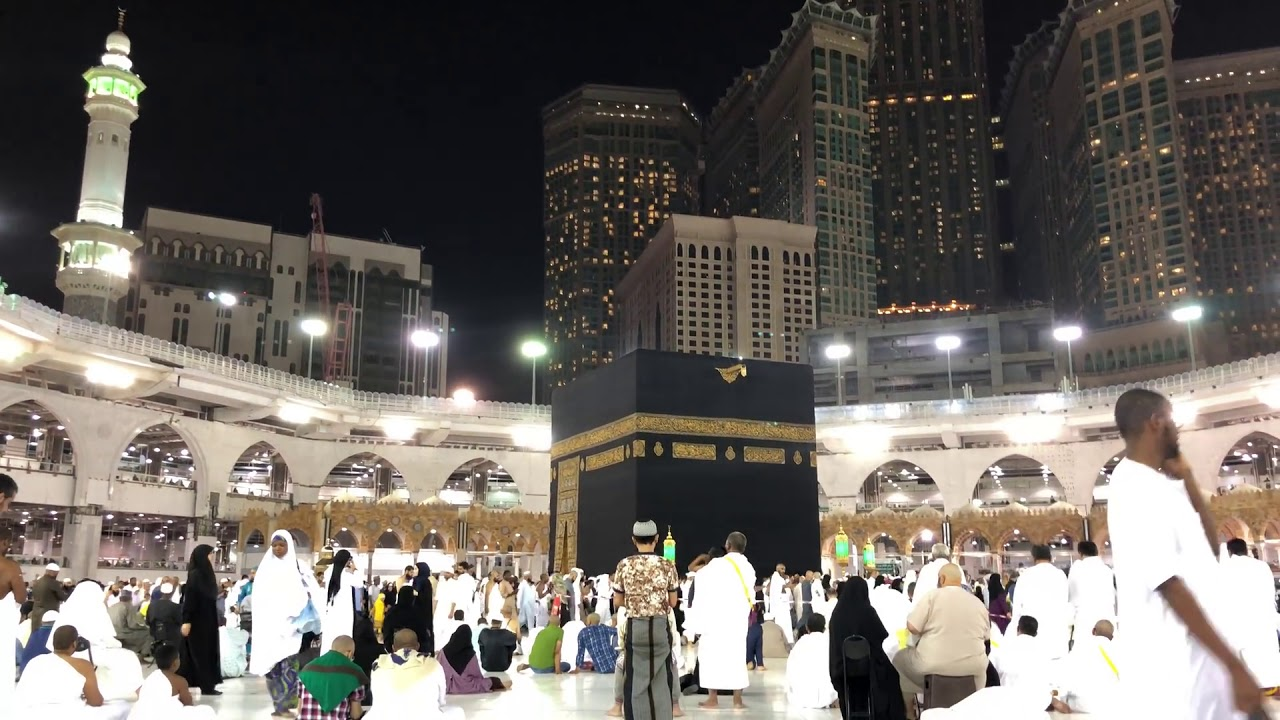 Sitting In Front Of Holy Kaaba At Night Á´´á´° Beautiful View Of Masjid Al Haram Makkah Youtube