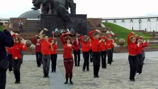 Mylene Farmer flashmob in Moscow 13.05.2012