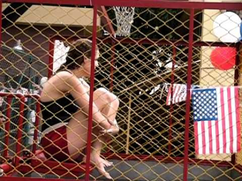 from Roberto dunk tank girls who likes