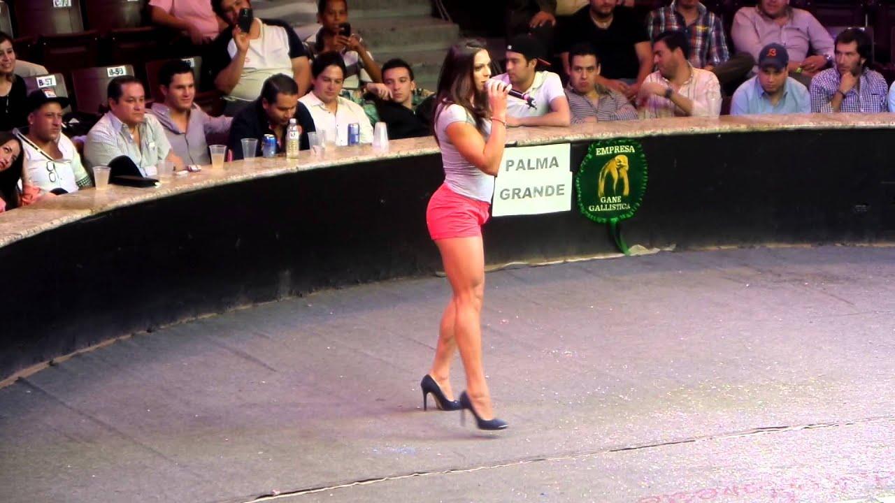 Alejandra Rivera Porno ale la jarocha de guerra de chistes en el palenque ags. feria 2014 2