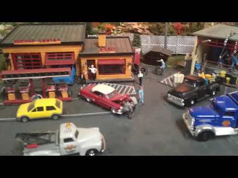 Amazing 50's Themed HO Scale Model Railroad Set *For Sale