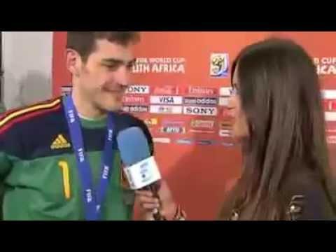 Casillas embrasse la victoire à pleine bouche - LeMonde.fr.flv