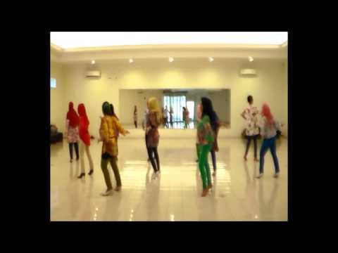 KHARISMA CINTA (Charism of Love) Linedance by Edwin Napitu (Netherland, 2015)
