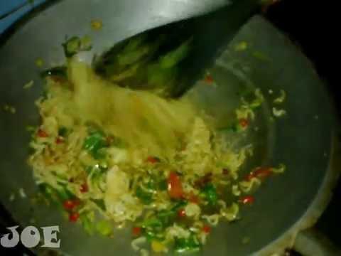 Indonesia Street Food (Mie Goreng Sayur) In Balikpapan