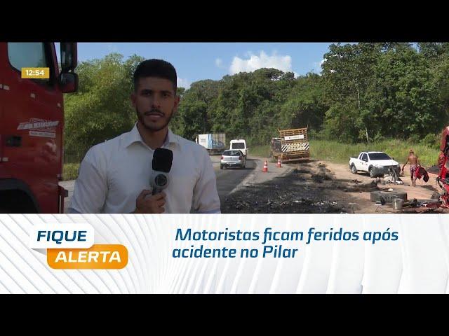 Motoristas ficam feridos após carretas baterem de frente no Pilar