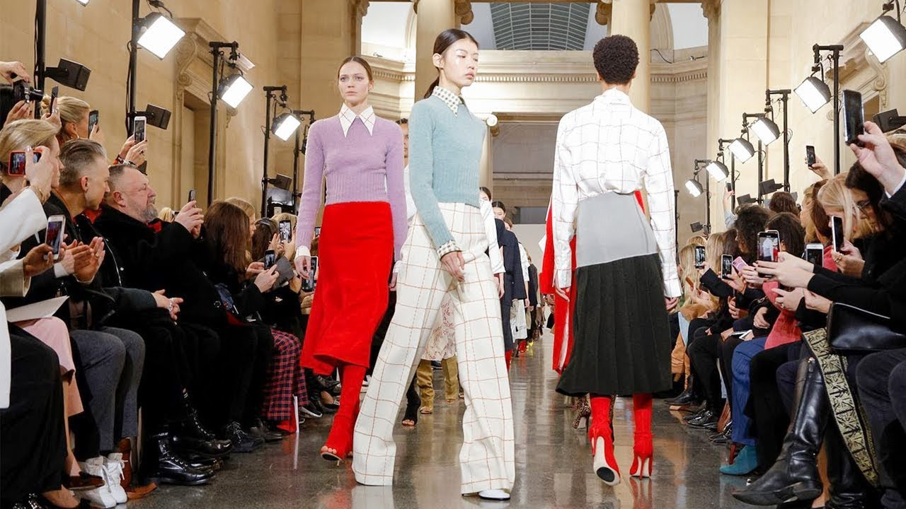 Victoria Beckham | Fall Winter 2019/2020 Full Fashion Show | Exclusive 4
