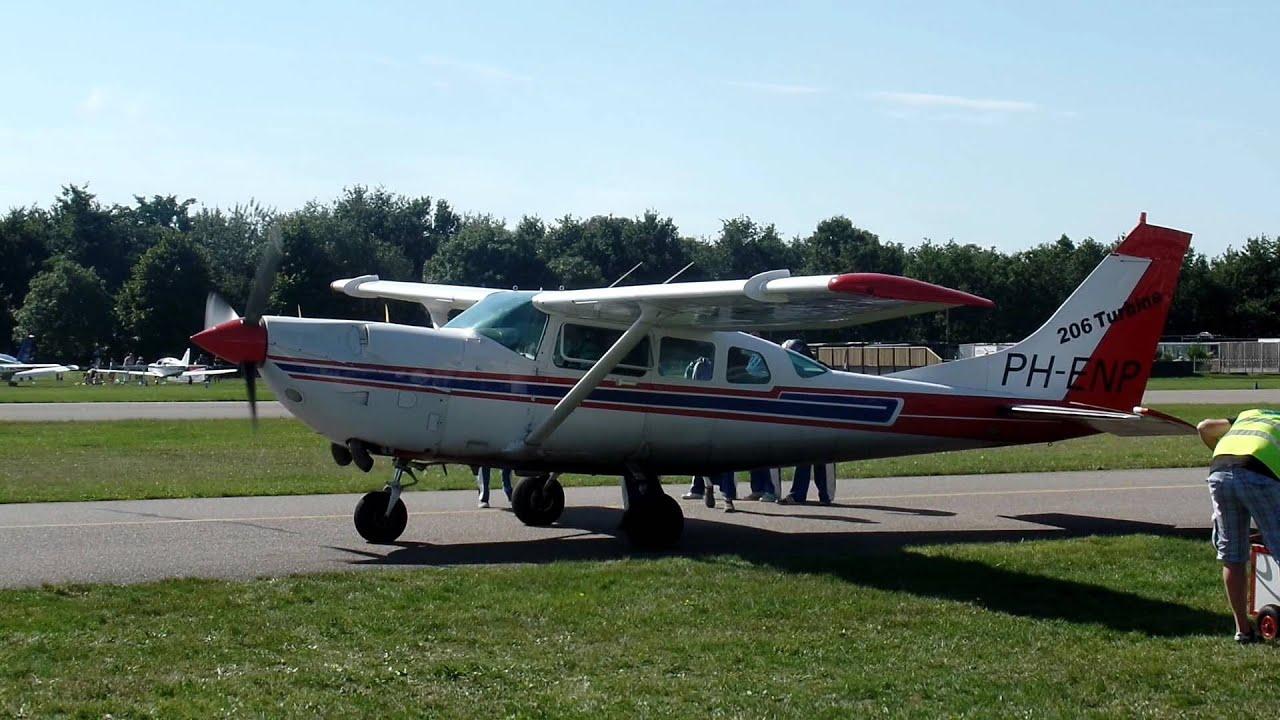 CESSNA TURBOPROP ENGINE RUNNING BREDA AIRPORT