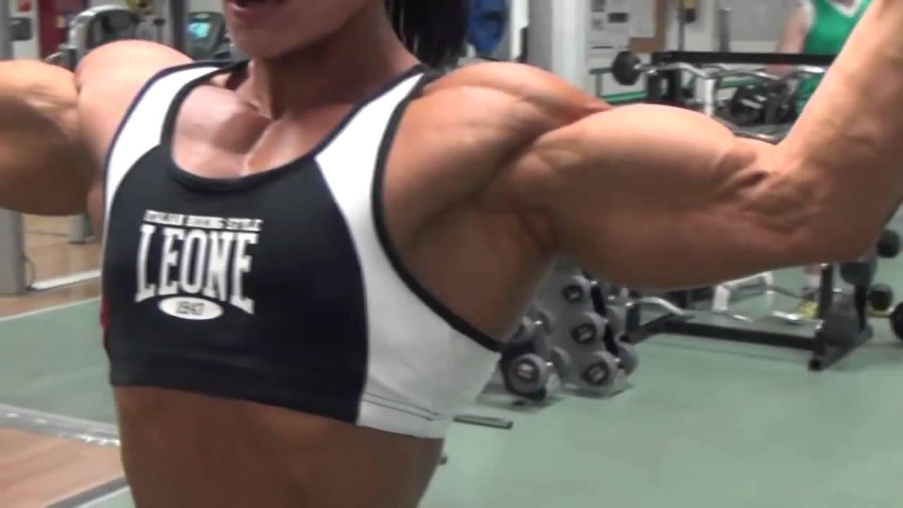 Big Fbb Jay Fuchs Pumps Her Massive Arms