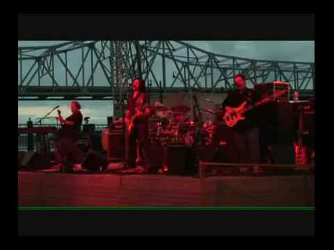The Megasonics Play in Peoria - Live Wire by Motley Crue