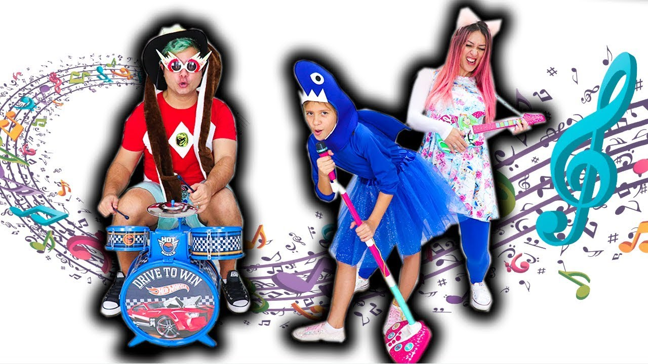 BABY SHARK DANCE E MALOUCOS FINGE BRINCAR DE FAZER MÚSICA - ( Nursery Rhymes & Kids Songs )