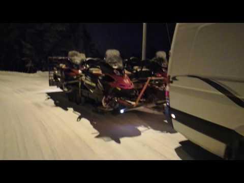 Транспортировка снегоходов