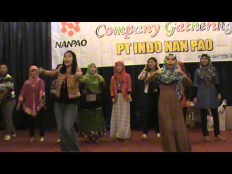 COMPANY GATHERING INDO NAN PAO 2014