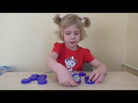 Как сделать игру на развитие памяти и внимания для детей своими руками из крышек.