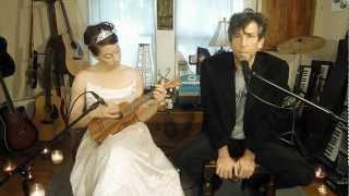 "Amanda Palmer and Neil Gaiman - ""Psycho"" (Leon Payne) (Violitionist Sessions)"