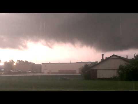 Tornado forming in Broken Arrow