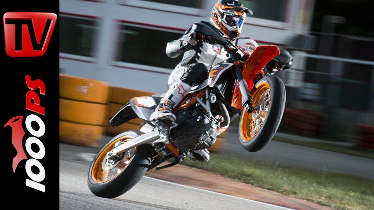 ktm 690 smc r 2014 pro sumo rider drifts slides action youtube. Black Bedroom Furniture Sets. Home Design Ideas