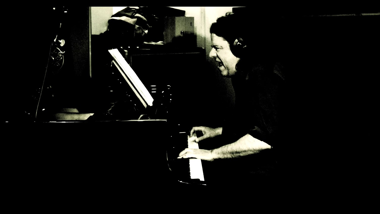"Download Martin Sasse ""Making of  TRIO CLASSICS Vol.3"" JUST SQUEEZE ME"