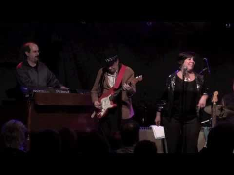 ''BEFORE YOU ACCUSE ME'' - RONNIE EARL & The Broadcasters w/ Diane Blue