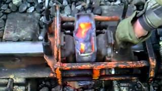 видео Алюминотермитная сварка рельсов (Технология производства, контроль качества алюминотермитной сварки. Гарантийные условия и требования безопасности) (Раздел дипломной работы)