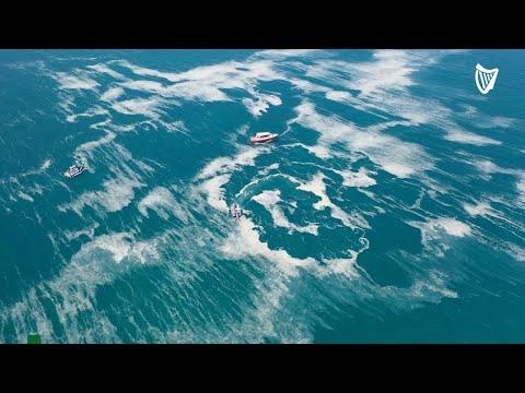 Strange substance known as 'sea snot' covers coastline of Turkey's Marmara Sea