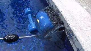 Robot za bazene ZODIAC RC 4400 - CyclonX tehnologija(, 2015-07-28T10:47:03.000Z)
