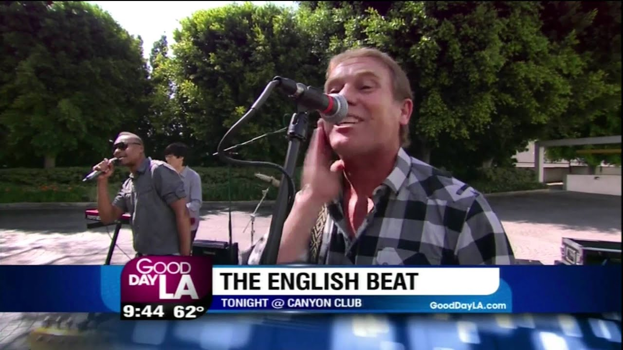 The English Beat Mirror In The Bathroom On Good Day L A May 31 2012 Hd Youtube