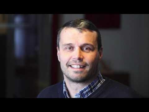 Daniel Kindberg intervjuas av Sveriges radio P4 Jämtland i stafettintervjun våren 2013