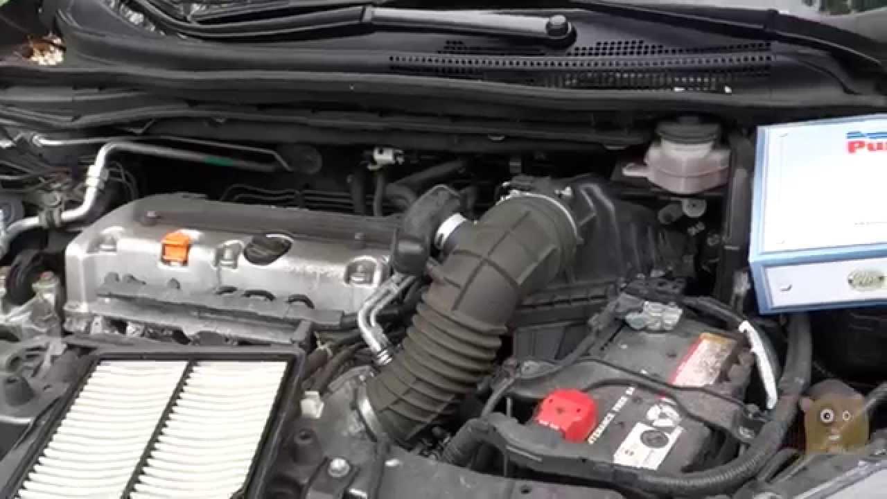 How To Change Honda Cr V Crv Car Engine Air Filter Youtube