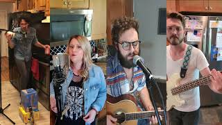 Lake & Lyndale - Bad Moon Rising - Covers In The Kitchen