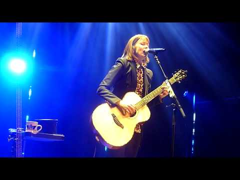 Suzanne Vega - The Queen and the Soldier - The Apex, Bury St Edmunds - 28th June 2018