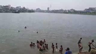 গরিবের সুইমিংপুল হাতিরঝিল - Jagonews24.com