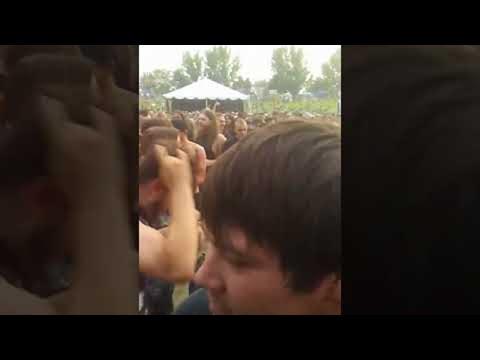 Promo Brady - An elderly Slayer fan got to experience her first mosh pit