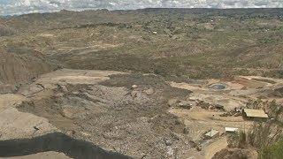 Огромный оползень на свалке под Ла-Пасом угрожает окружающей среде