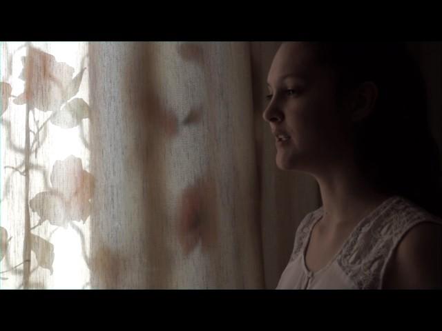 Изображение предпросмотра прочтения – СнежанаЛаричева читает произведение «О, как убийственно мылюбим…» Ф.И.Тютчева