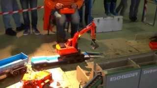 BAGGER VERLADEN EXCAVATOR LOADING carregamento da máquina escavadora CHARGE DE PELLE