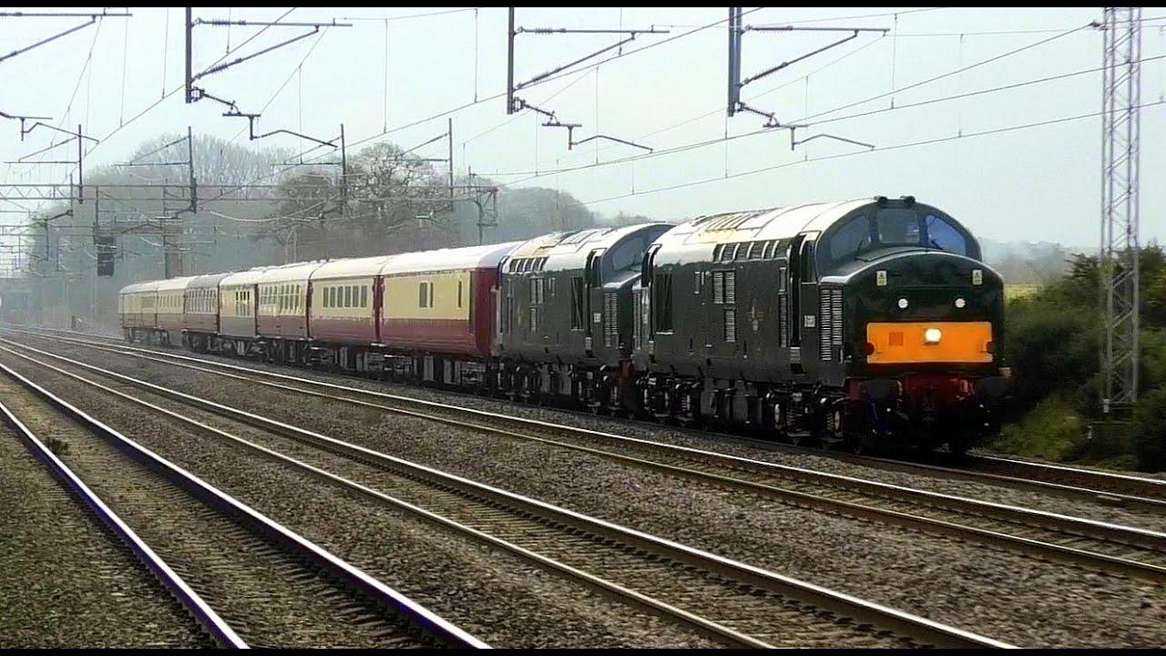 37667 & 37521 on a PRIVATE charter, thrash through, Acton ...