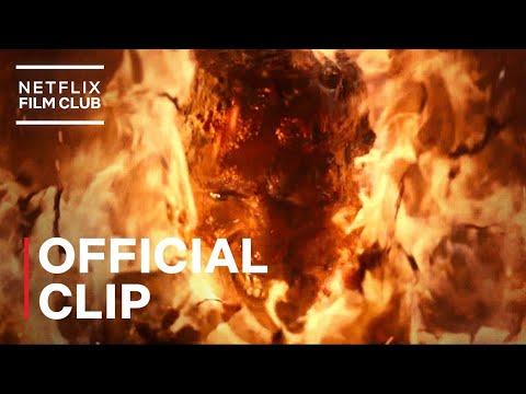 Project Power   Machine Gun Kelly vs. Jamie Foxx Fire Fight   Netflix