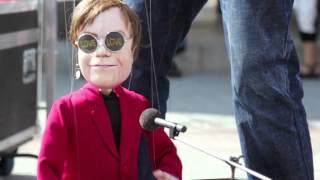 The Falko Show - Elton John the pup...