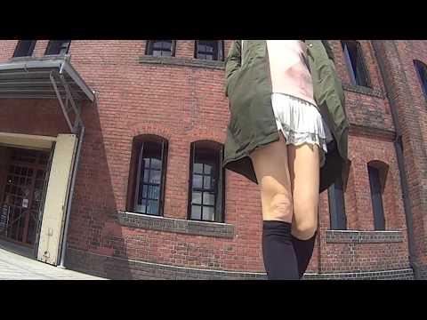 見られる快感!蘭クン春のみなとみらい煉瓦倉庫へ25cm丈超ミニスカートでゆく♪ from YouTube · Duration:  4 minutes 25 seconds