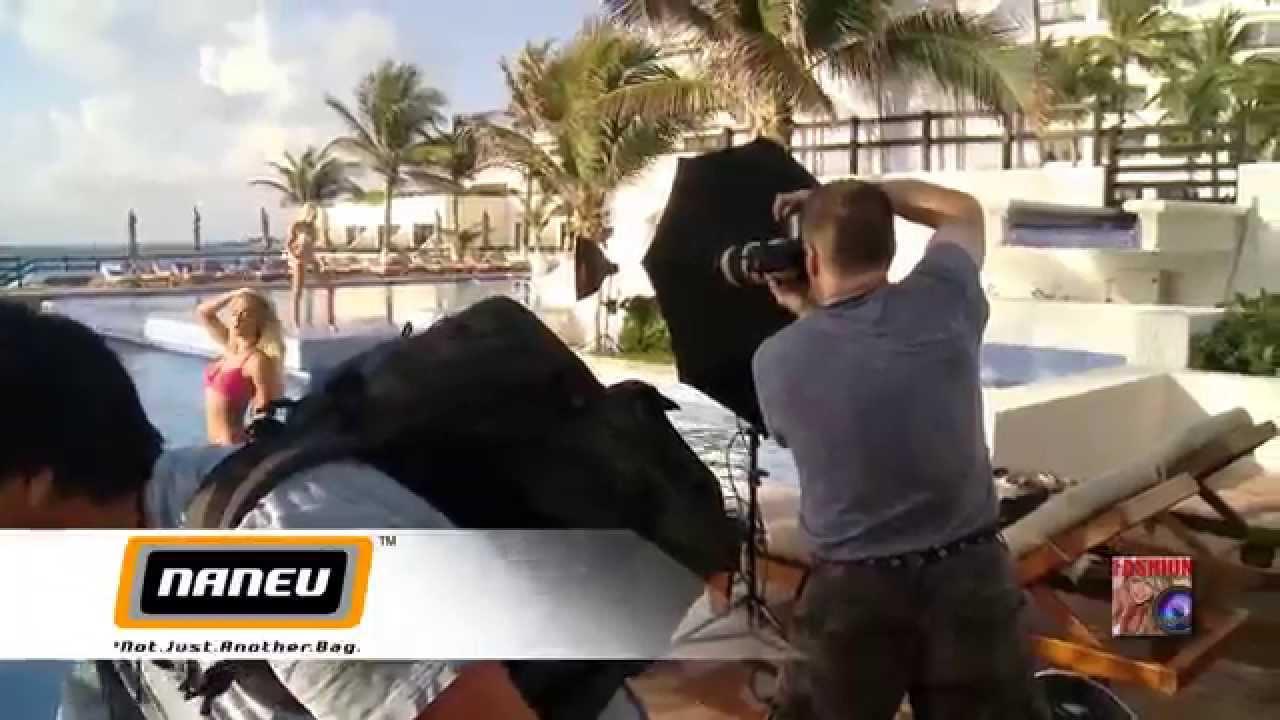 IBMS - photoshoot with Top Bikini Model April Eve - Bowens Gemini 400RX  flash, Naneu Photo Bag demos