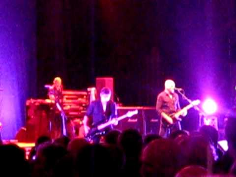 The Stranglers - Nice n Sleazy - Hammersmith Apollo London 10/3/2011