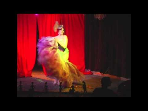 Memphis Burlesque Showcase 2012 - LOLA VEE