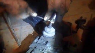 видео Как снять рычаг переключения передач ВАЗ 2107