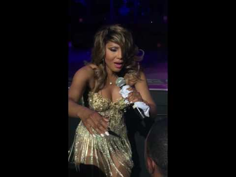 Toni Braxton Concert Live in Atlanta 6/2/16* Breathe Again