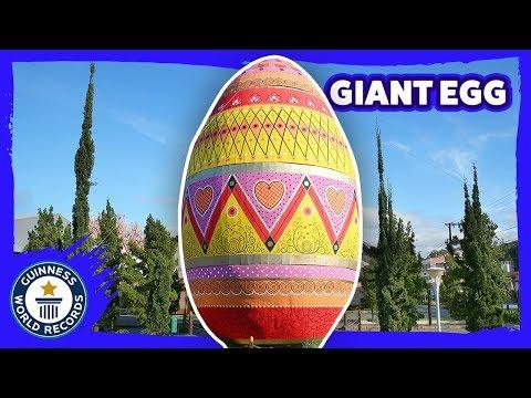 un huevo gigante para celebrar la pascua obtiene record guinnes